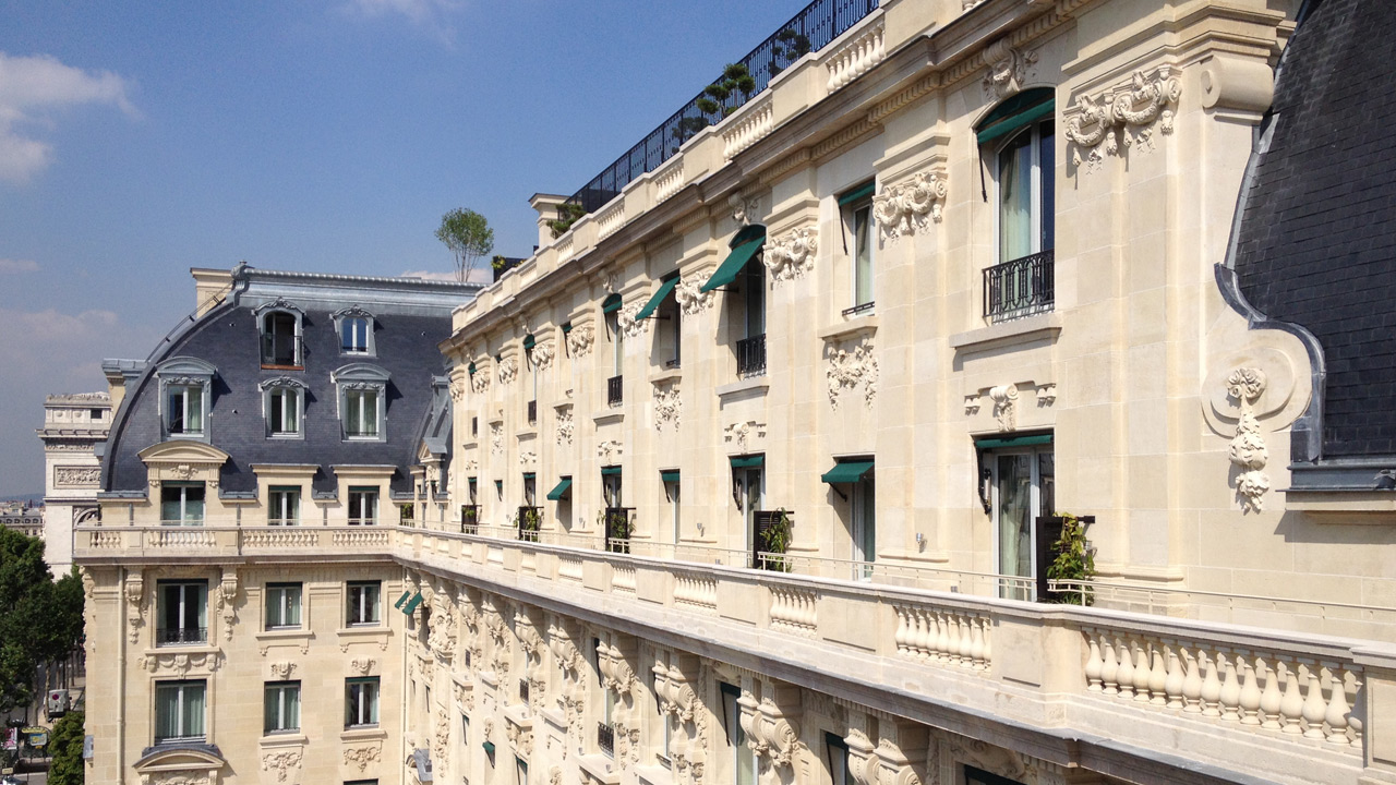 The peninsula hotel affine design architecture for Liste des hotels a paris